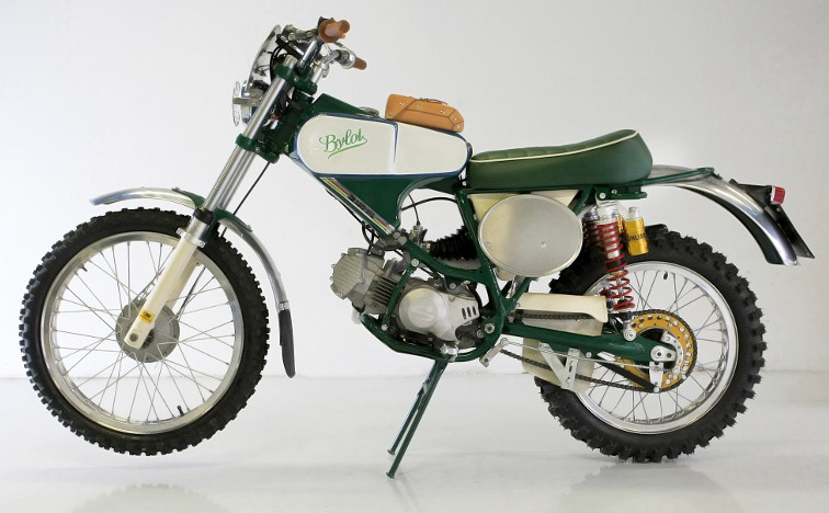 moto-bylot-175-six-days